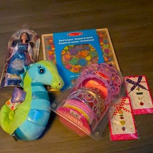 Young girl's birthday gift pack! 🎉🎉